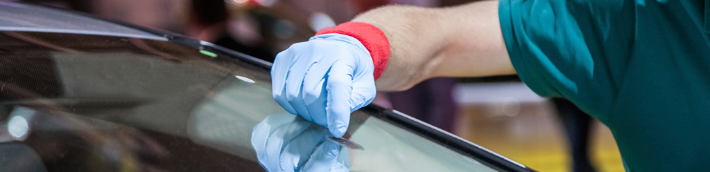 Auto-glass-chip-repair-Brampton